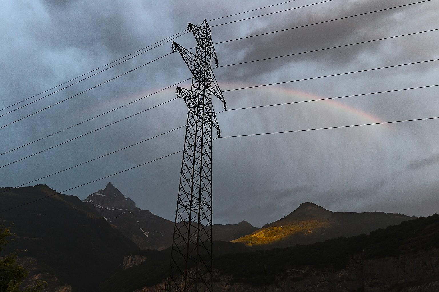 180705_0344 - Dents Du Midi - Rainbow